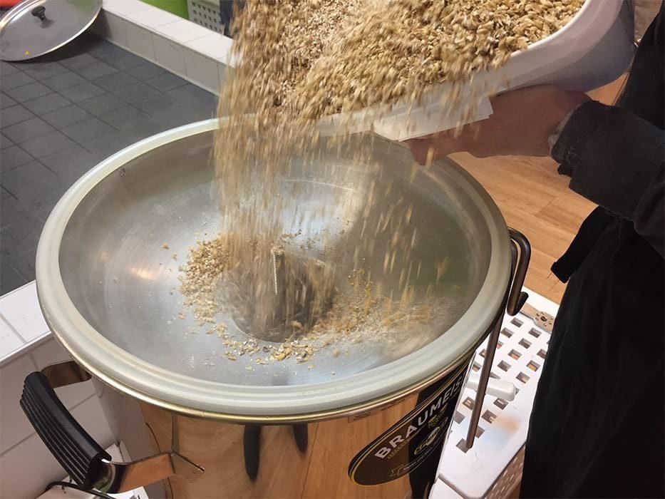 vrch varny ocel 10 litru braumeister plneni sladu